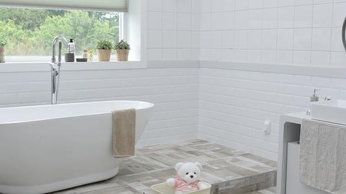 bathroom-1872193_640 (1)